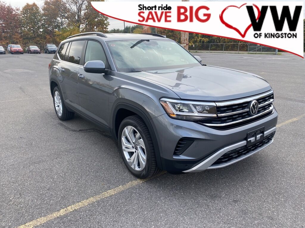 2021_Volkswagen_Atlas_3.6L V6 SE w/Technology 4Motion_ Kingston NY