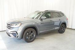 2021_Volkswagen_Atlas_3.6L V6 SE w/Technology R-Line 4Motion_ Eau Claire WI