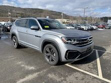2021_Volkswagen_Atlas_3.6L V6 SE w/Technology R-Line_ Keene NH