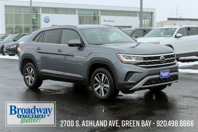 2021 Volkswagen Atlas Cross Sport 2.0T SE 4Motion Green Bay WI
