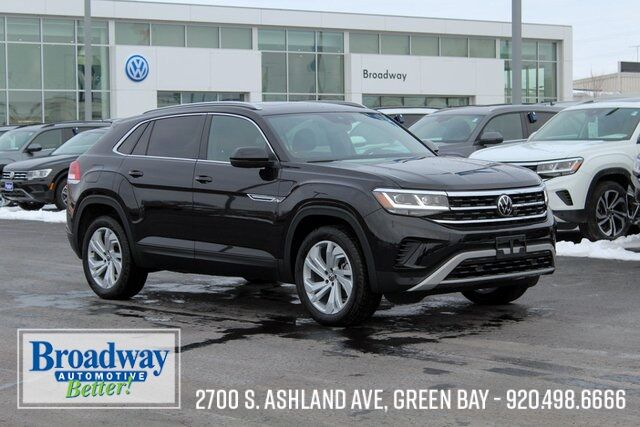2021 Volkswagen Atlas Cross Sport 2.0T SEL 4Motion Green Bay WI