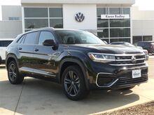 2021_Volkswagen_Atlas Cross Sport_3.6L V6 SE w/Technology R-Line 4Motion_ Northern VA DC