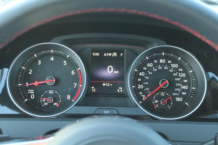 2021 Volkswagen Golf GTI SE Everett WA