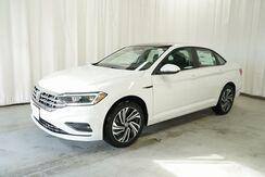 2021_Volkswagen_Jetta_SEL Premium_ Eau Claire WI