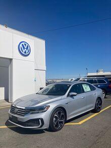 2021_Volkswagen_Passat_2.0T R-Line_ Yakima WA