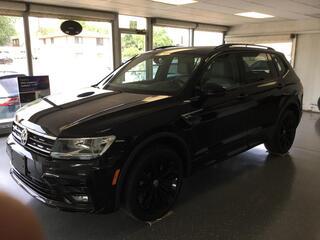 Volkswagen Tiguan SE Black R-line 2021