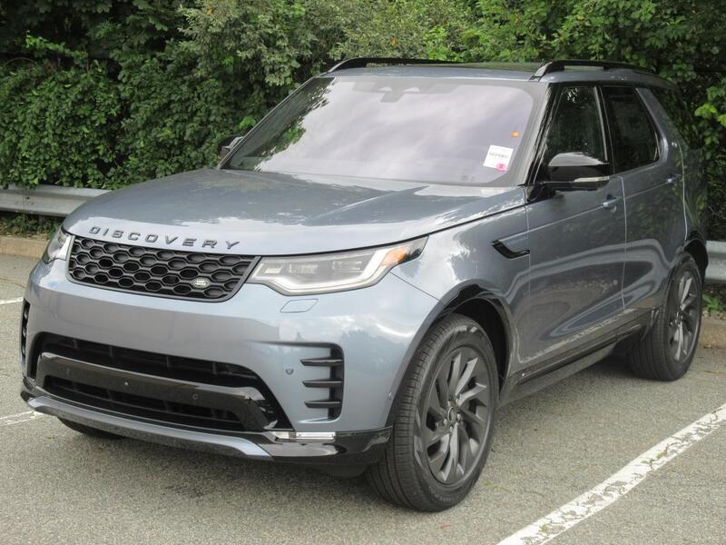 2022_Land Rover_Discovery_S R-Dynamic_ Warwick RI