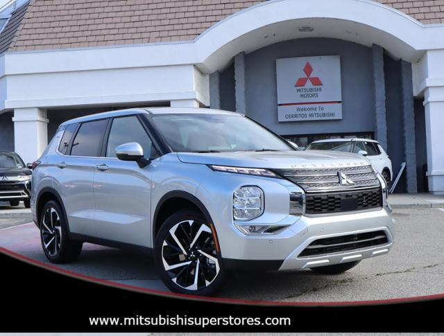 2022 Mitsubishi Outlander SE Launch Edition