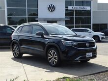 2022_Volkswagen_Taos_1.5T SE 4Motion_ Northern VA DC