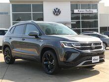 2022_Volkswagen_Taos_1.5T SEL_  Woodbridge VA