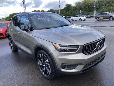 2022_Volvo_XC40_T5 AWD R-DESIGN_ Evansville IN