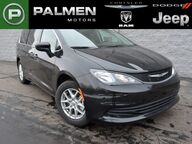 2017 Chrysler Pacifica LX Racine WI