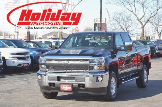 vehicle details 2017 chevrolet silverado 2500hd at holiday automotive fond du lac holiday. Black Bedroom Furniture Sets. Home Design Ideas