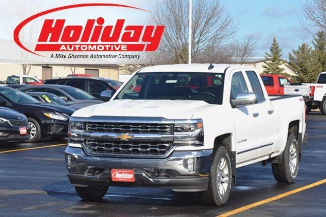 vehicle details 2017 chevrolet silverado 1500 at holiday automotive fond du lac holiday. Black Bedroom Furniture Sets. Home Design Ideas