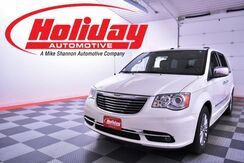 2011 Chrysler Town & Country Limited Fond du Lac WI