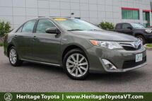 2012 Toyota Camry Hybrid XLE South Burlington VT