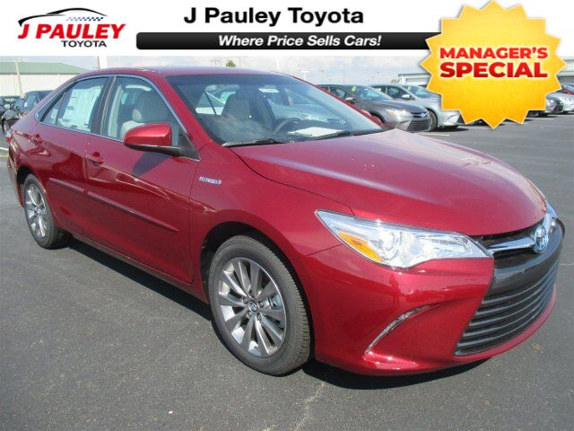 2017 Toyota Camry Hybrid XLE Only $299 A Month! Fort Smith AR