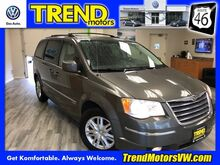 2010 Chrysler Town & Country Touring Morris County NJ