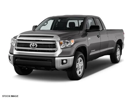 2017 Toyota Tundra 4WD SR5 Double Cab 8.1' Bed 5.7L FFV Burnsville MN