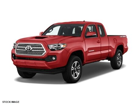 2017 Toyota Tacoma TRD Sport Access Cab 6' Bed V6 4x4 AT Burnsville MN