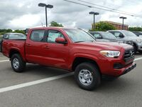 Toyota Tacoma SR Double Cab 5' Bed V6 4x4 AT 2017