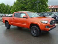 Toyota Tacoma SR5 Double Cab 6' Bed V6 4x4 AT 2017