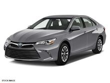 2017 Toyota Camry Hybrid LE Green Bay WI