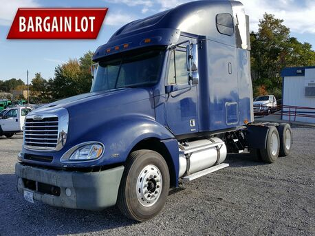 2007 Freightliner Columbia 70 Inch Raised Roof Eau Claire MN
