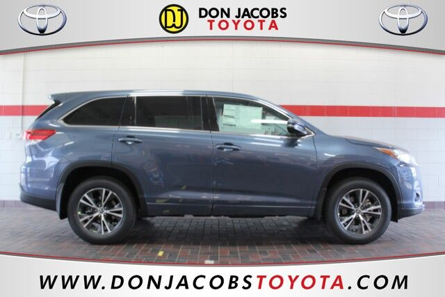 2017 Toyota Highlander LE Milwaukee WI