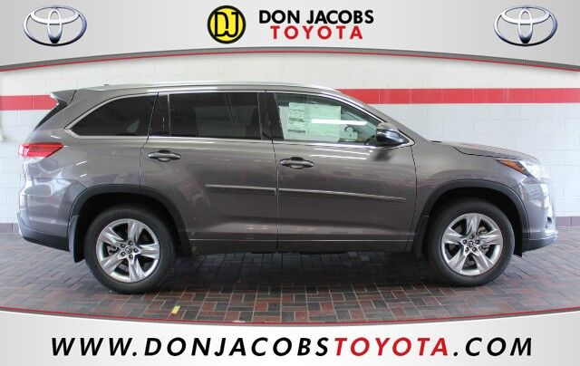 2017 Toyota Highlander  Milwaukee WI