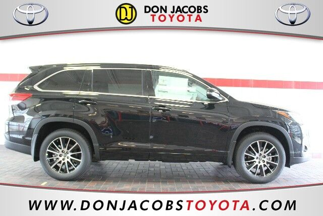 2017 Toyota Highlander SE Milwaukee WI