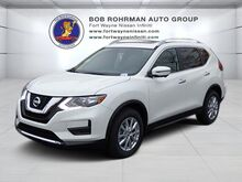 2017 Nissan Rogue SV Premium Package FWD Fort Wayne IN