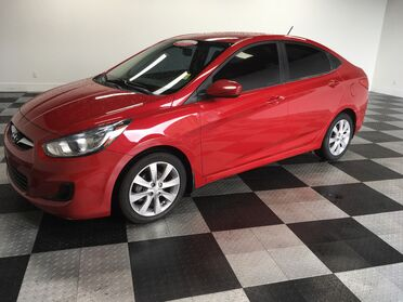 2013 Hyundai Accent GLS Chattanooga TN