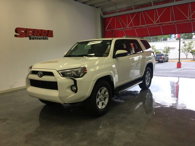 2017 toyota 4runner sr5 3rd row seat birmingham al 18090685. Black Bedroom Furniture Sets. Home Design Ideas