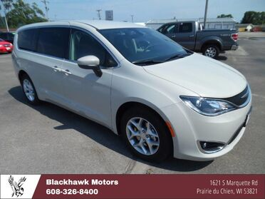 2017 Chrysler Pacifica Touring Plus Decorah IA