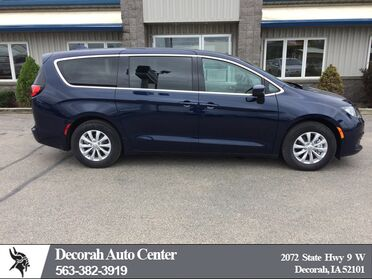 2017 Chrysler Pacifica Touring Decorah IA