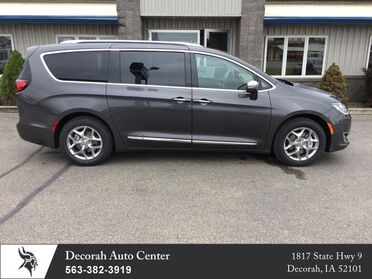 2017 Chrysler Pacifica Limited Decorah IA