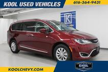 2017 Chrysler Pacifica Touring-L FWD Grand Rapids MI