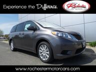 2017 Toyota Sienna LE 7 Passenger Bluetooth Backup Cam Rochester MN